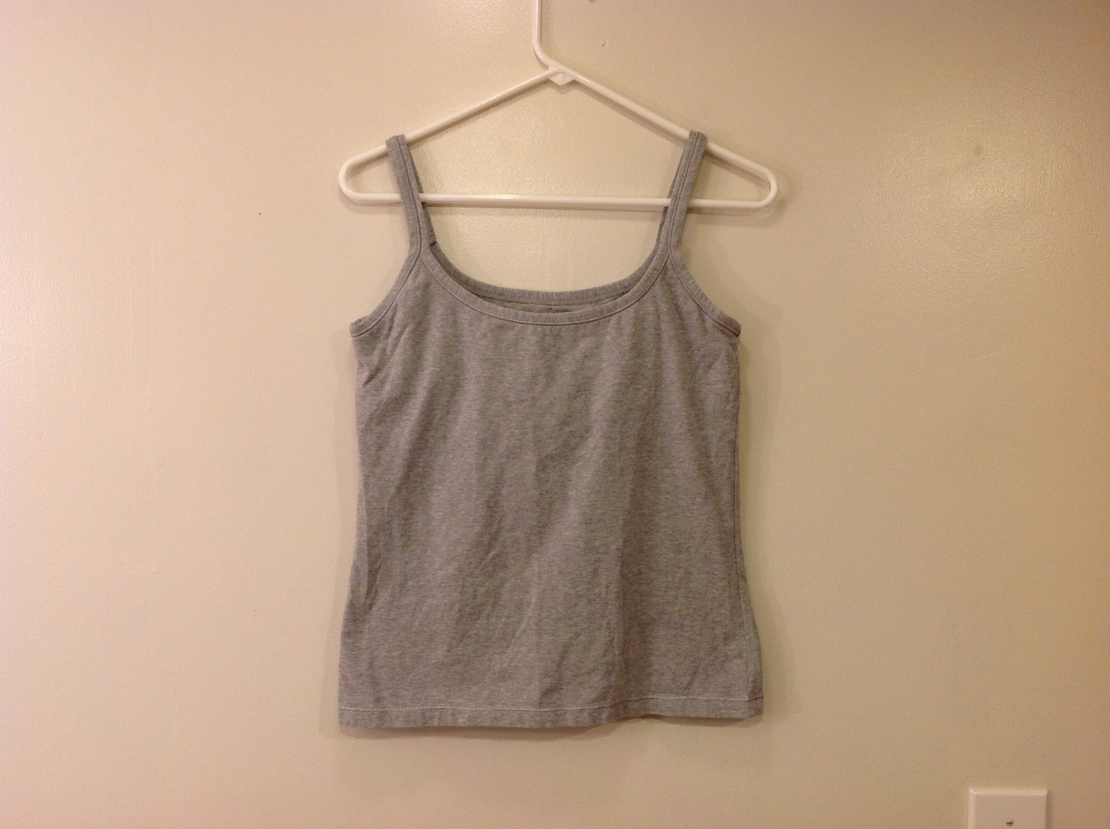 Best Fitting Undershirt Gray Stretchable Cotton Tank Top with Underbra size L