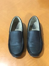 Boys Kids The Children's Place Brown Slip-On Dress Shoes Loafers Size 1 - $9.79