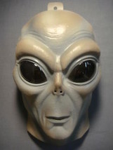 Alien Mask Pvc Mask Glows In The Dark Adult Size - $5.89