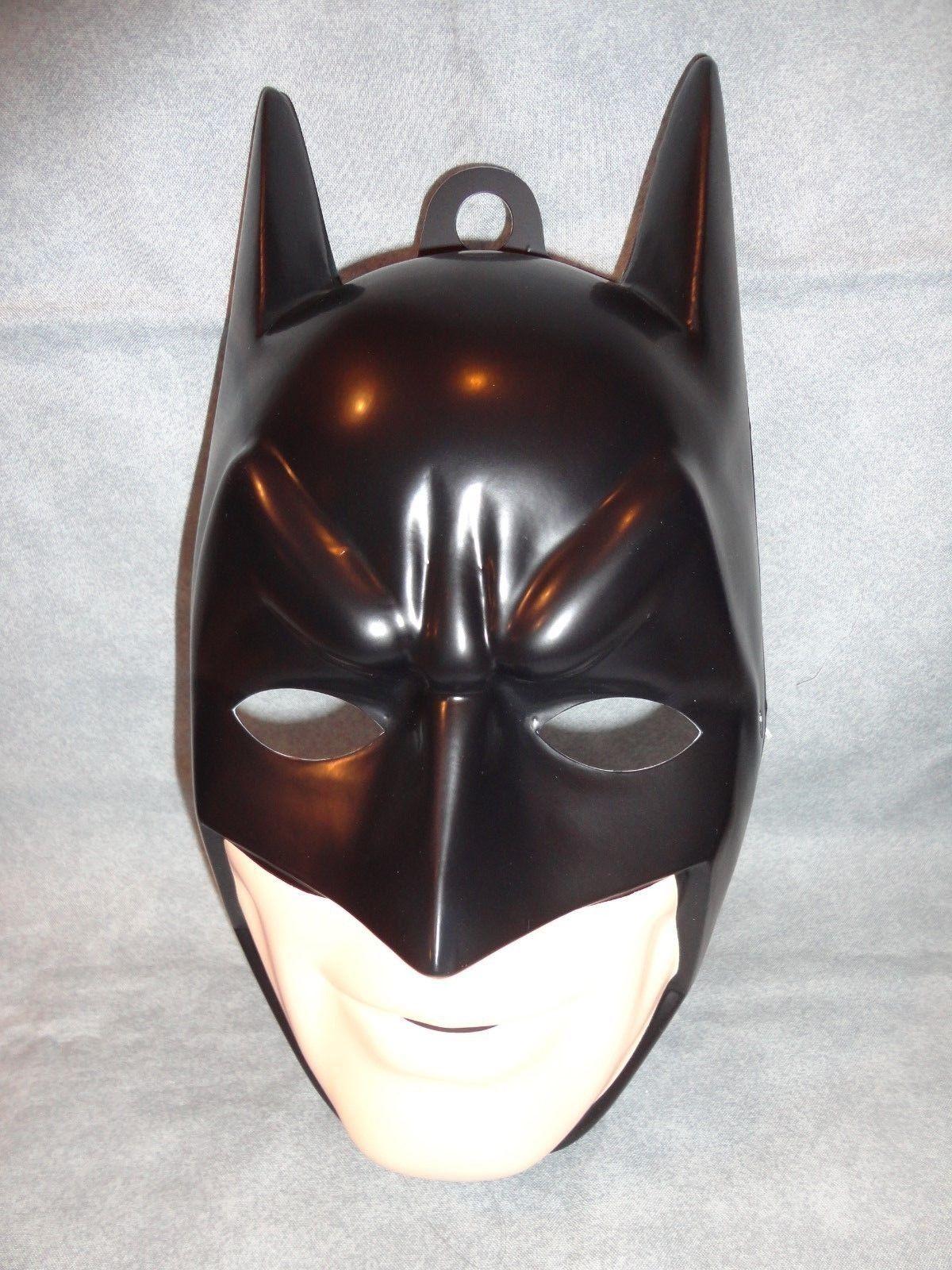 BATMAN THE DARK KNIGHT HALLOWEEN MASK PVC CHILD SIZE