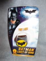 DC COMICS BATMAN LIGHT UP RING - $7.87