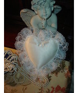 White Satin Lace Trimmed Ring Bearer Pillow  - €8,36 EUR
