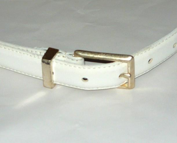 Liz Claiborne White Belt Sz. Sm.
