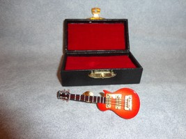 RED ELECTRIC GUITAR TIE TACK LAPEL PIN ROCK AND... - $12.82
