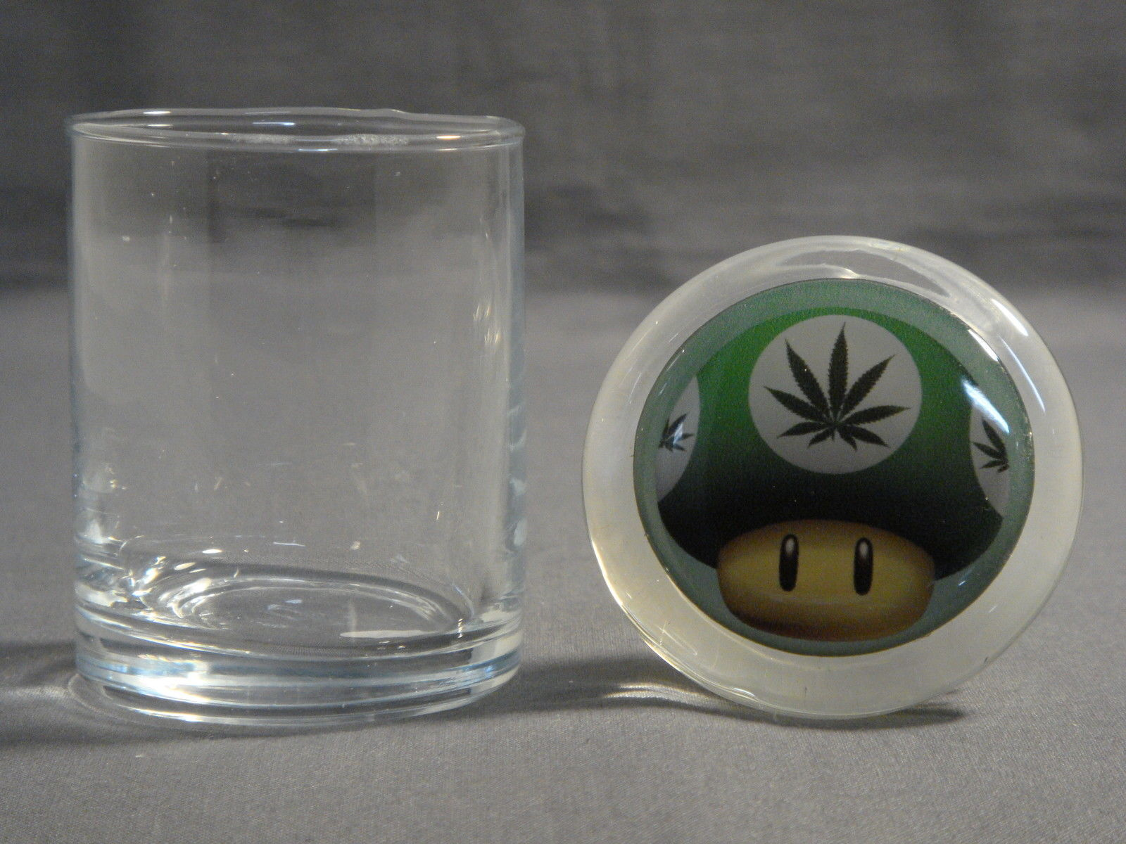 SEXY GOTHIC GIRL D10 ODORLESS AIR TIGHT MEDICAL GLASS JAR CONTAINER GOTH ROCK