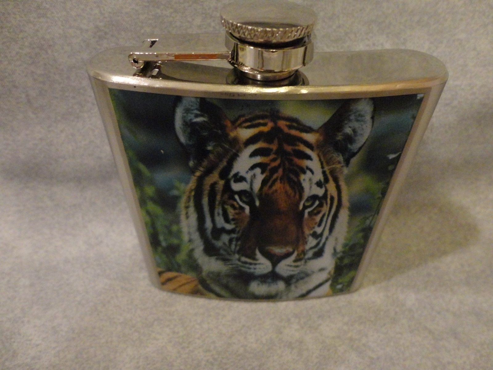 TIGER THEMED 6oz STAINLESS STEEL FLASK  NATURE