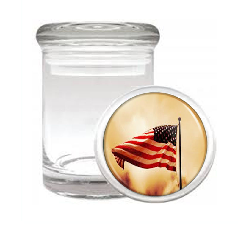 VINTAGE AMERICAN FLAG D3 ODORLESS AIR TIGHT MEDICAL GLASS JAR CONTAINER USA