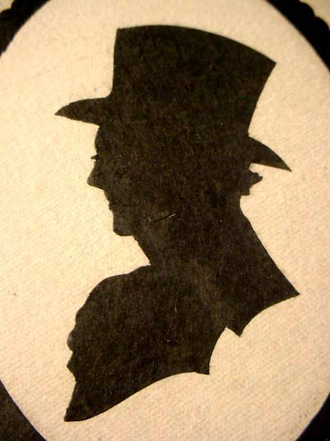 ANTIQUE SILHOUETTE FRAMED GENTLEMAN PORTRAIT