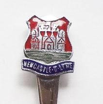Collector Souvenir Spoon Great Britain UK England Newcastle Under Lyme Coat Arms - $14.99