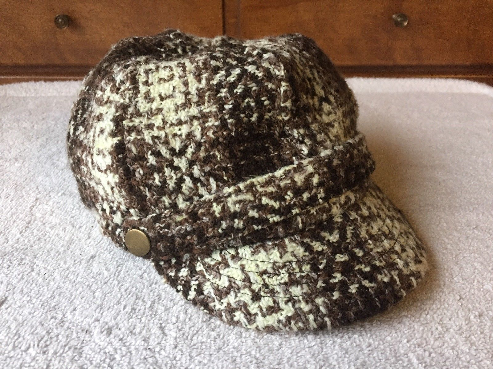 Primary image for Laplein Newsboy Cabbie Wool Blend Hat Cap Brown White Elastic Back EUC