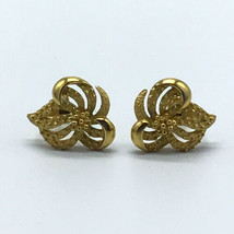 Mid Century CROWN TRIFARI Modernist Ribbon Clip Earrings Vintage Gold Tone - $49.49