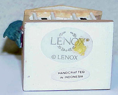 INDIGO BUNTING on PLANTATION from the Lenox Garden Birdhouse Thimble Collection
