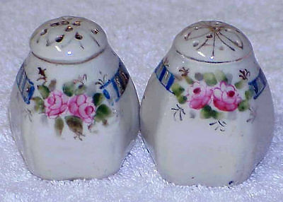 Small Vintage SALT & PEPPER Set ROSES - Japan
