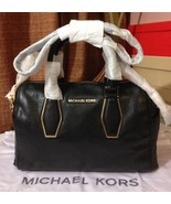 NWT Michael Kors Vanessa Medium Chain Leather S... - $249.00