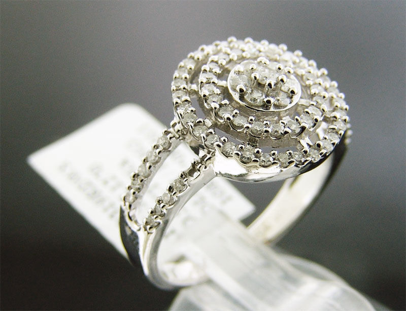 NEW LADIES 10K WHITE GOLD 0.50CT WHITE DIAMONDS RING 3.6GRM SIZE 7
