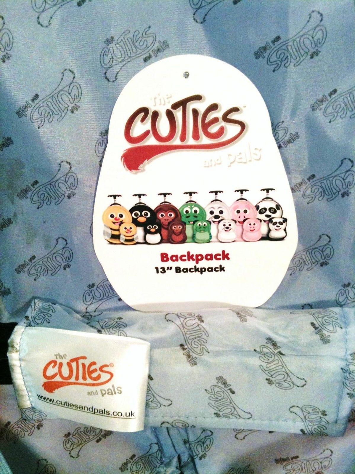 CUTIES AND PALS KIDS LIGHTWEIGHT HARDCASE BACKPACK -- PENGUIN