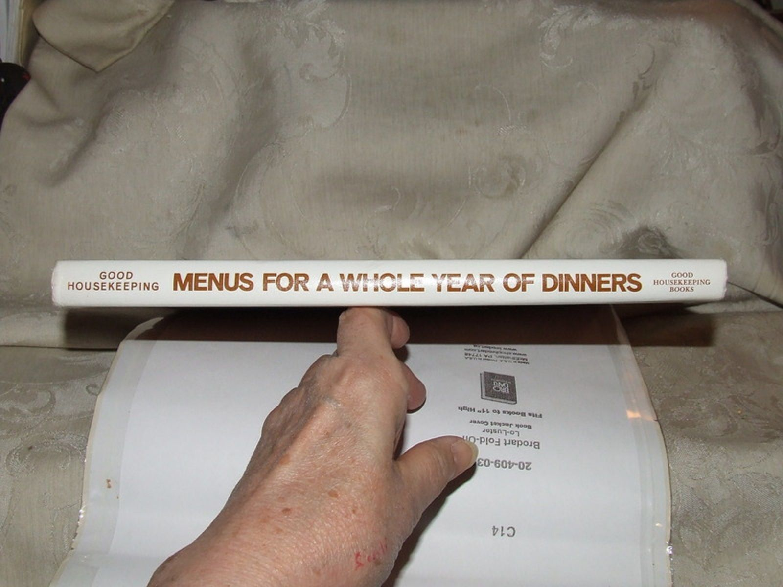 1971 Good Housekeeping Menus for a Whole Year of Dinners 700 Seasonal Recipes