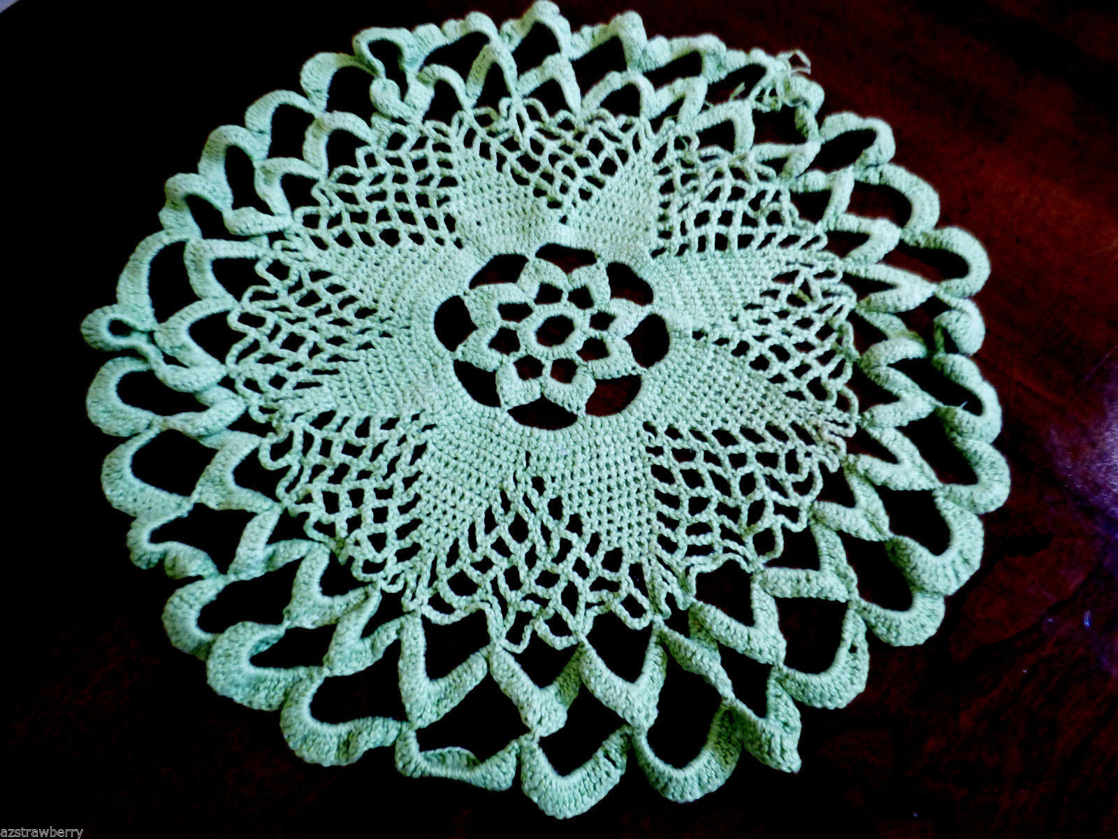 "Table Doily Lace Center Mat Dresser  Decorative hand crochet  12"" green"