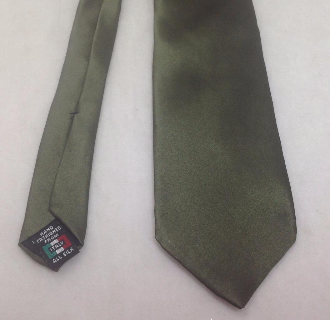"Enrico Guccini Necktie, 3""x51"", 100% Silk, Green Solid, Italy, EUC"