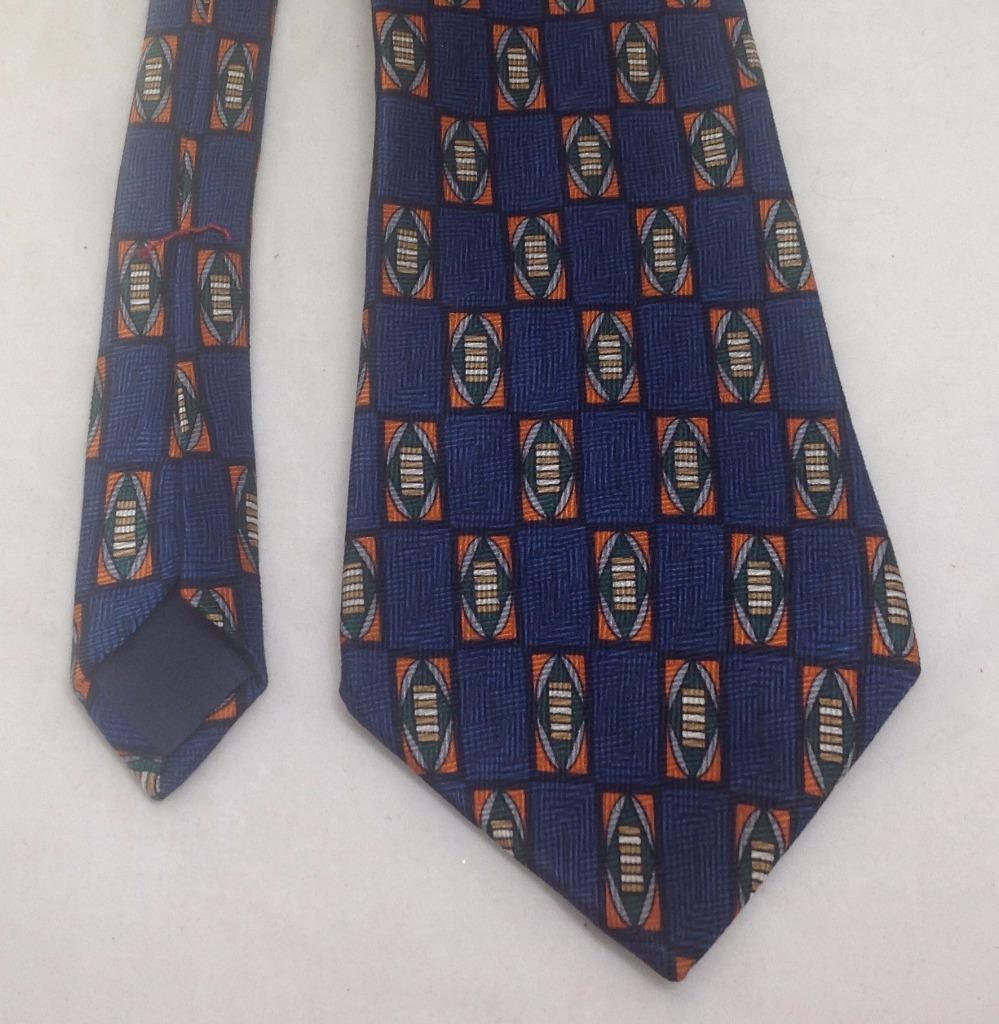 "Peterborough Row, Bloomingdal Necktie 4""x60"", 100% Silk, Blue, EUC"