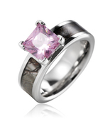Titanium pink CZ with 14k gold plated bezel Brown Tree Camo Engagement R... - €46,53 EUR