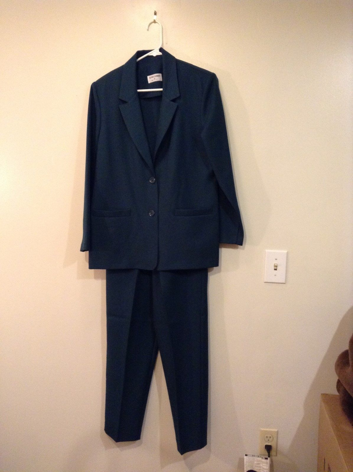 Alfred Dunner Dark Green Jacket Size 8 and Pant Size 10 Set Pockets on Both
