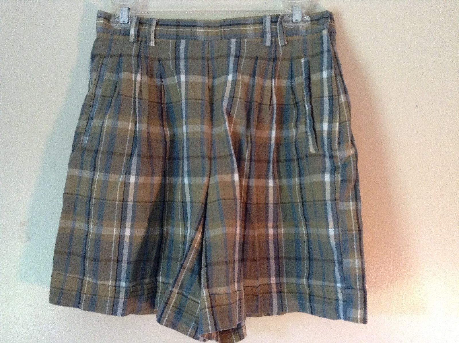Brown and Green Plaid GAP Casual Shorts Sizes 10 Belt Loops Side Zipper Closure
