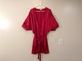 Delicates Red Peignoir Knee Length Robe One Button on Front Belt Size Large