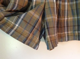 Brown and Green Plaid GAP Casual Shorts Sizes 10 Belt Loops Side Zipper Closure image 2