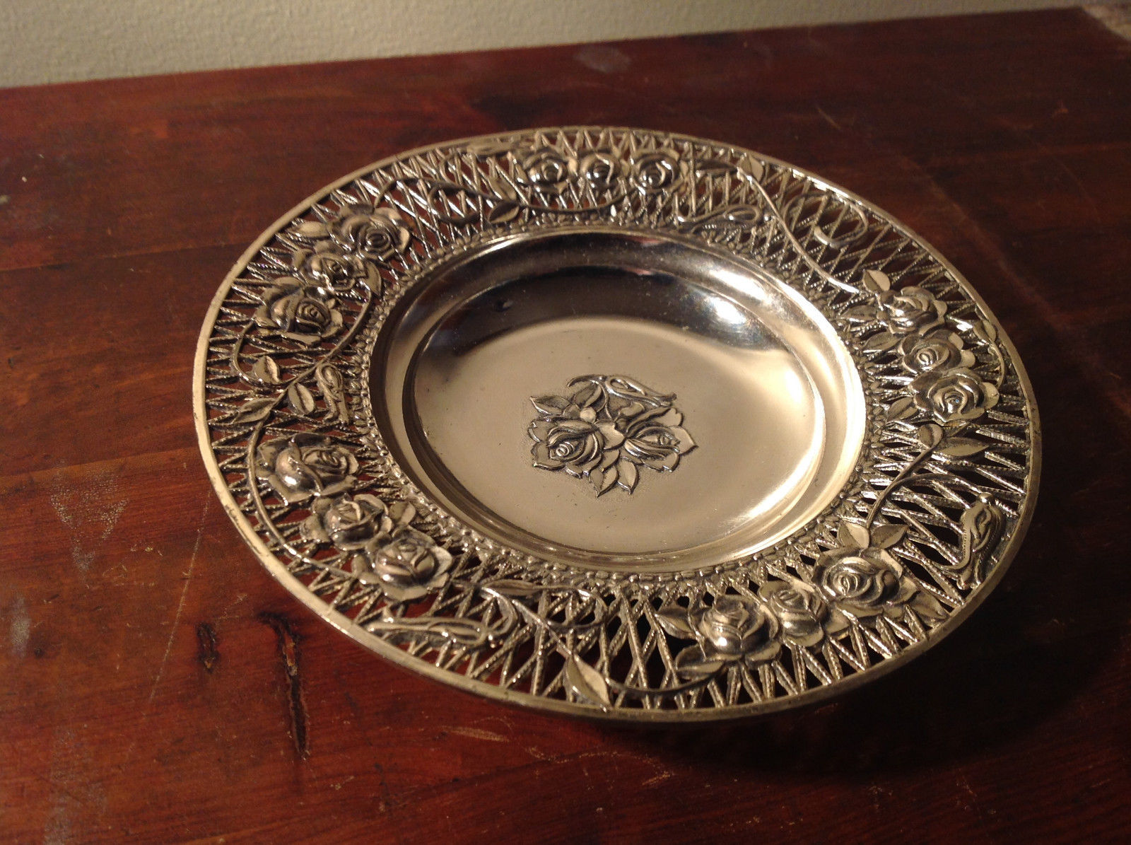 Intricate Roses Flowers Metal Silver Tone Welded Plate Tray