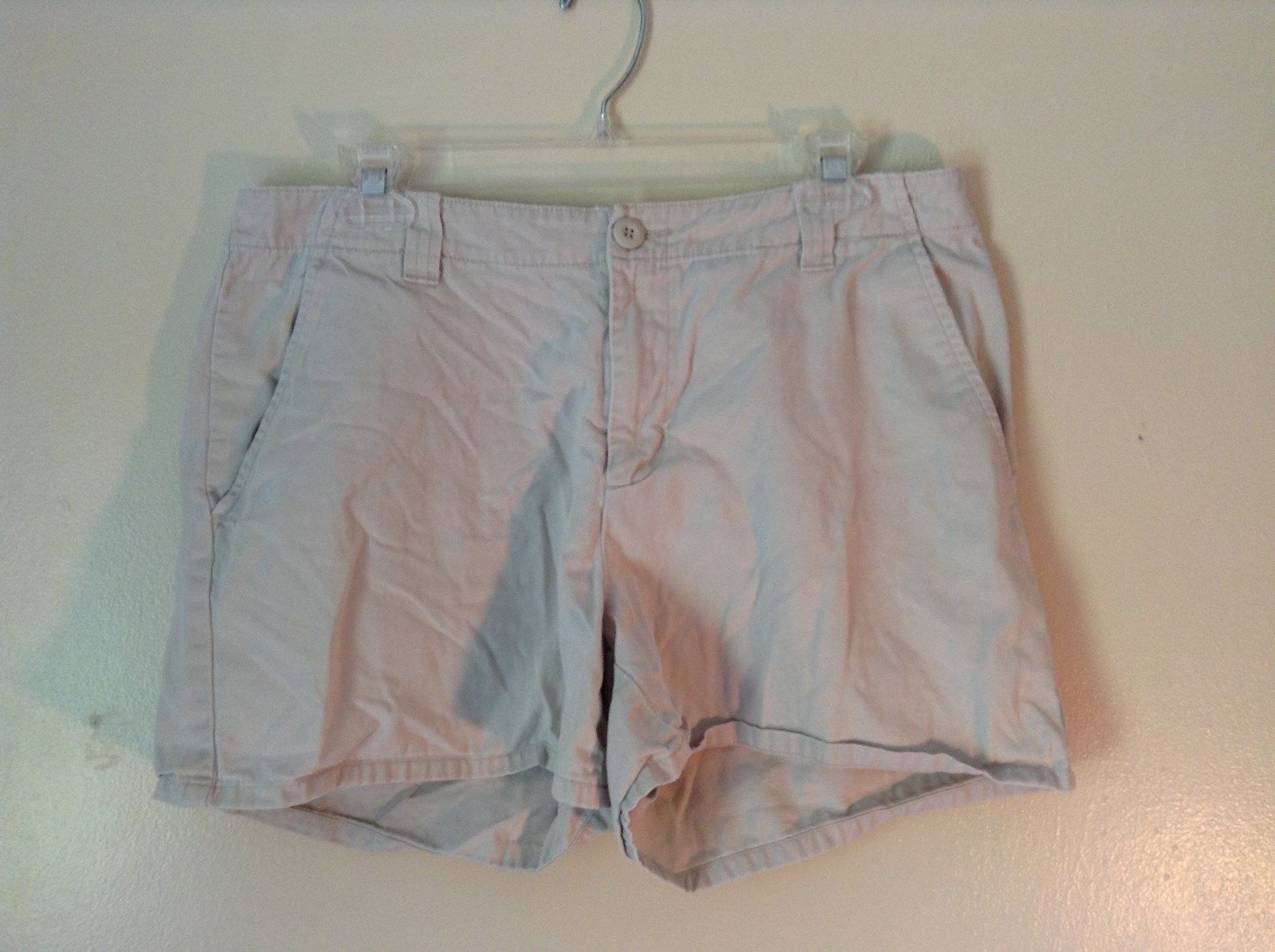Khaki G H Bass and Company BASS Size 12 Shorts 100 Percent Cotton Pockets