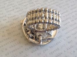 Funky statement nature inspired silver tone crystal lily pad flexible ring image 5