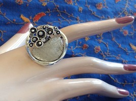 Funky statement nature inspired silver tone crystal lily pad flexible ring image 6