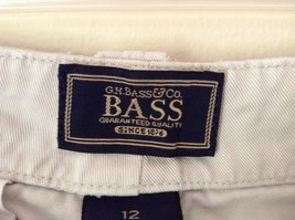 Khaki G H Bass and Company BASS Size 12 Shorts 100 Percent Cotton Pockets image 4