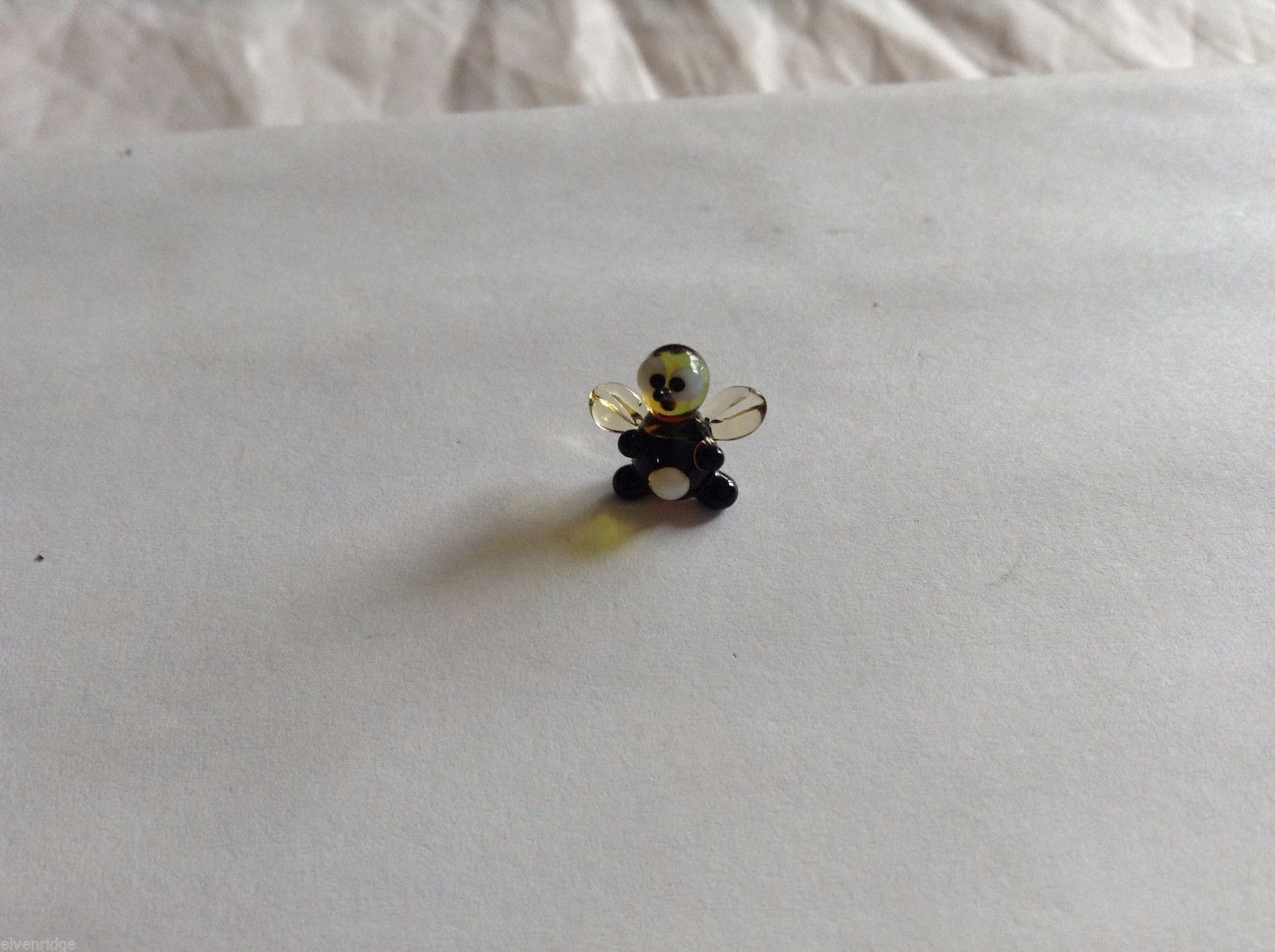 Micro Miniature small hand blown glass made USA bee with no stripes