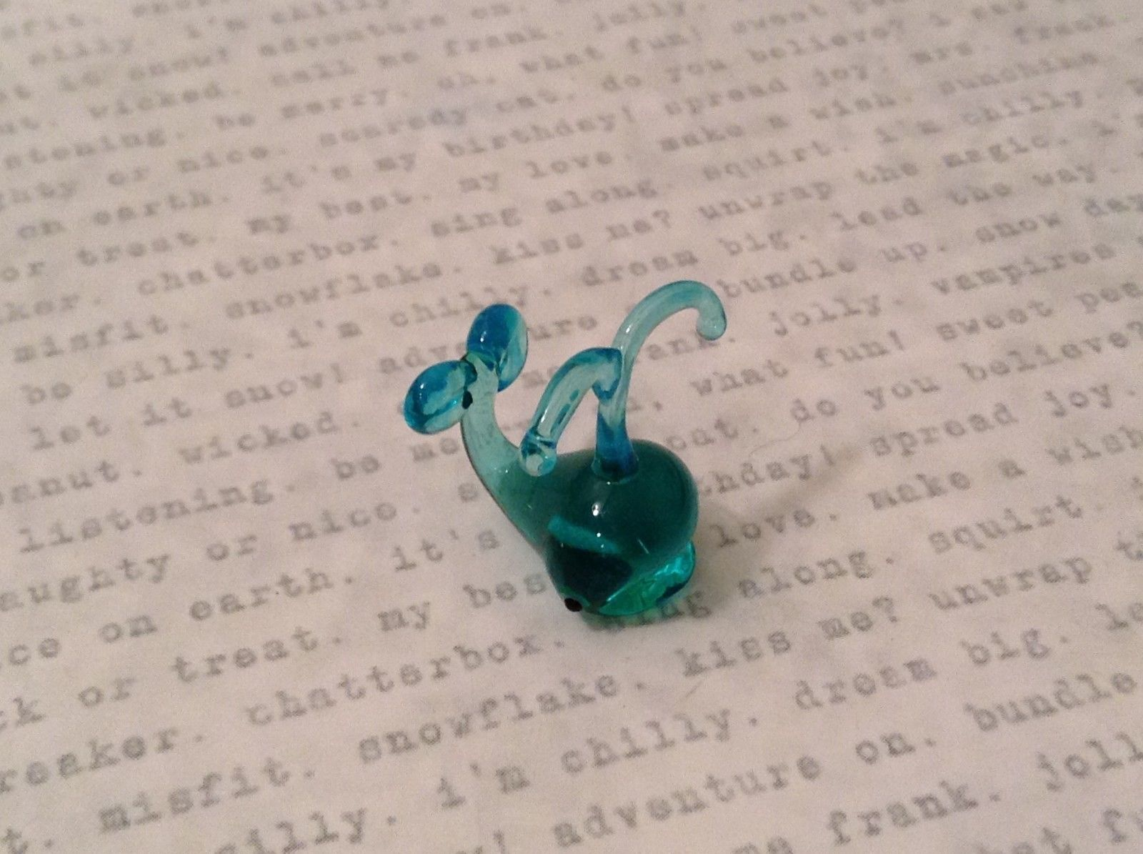 Micro miniature hand blown glass figurine blue whale USA NIB #2