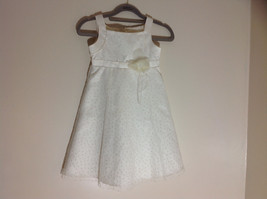 Muneca White Sparkled Sleeveless Dress Tule Outer Layer Zipper in Back Size 5