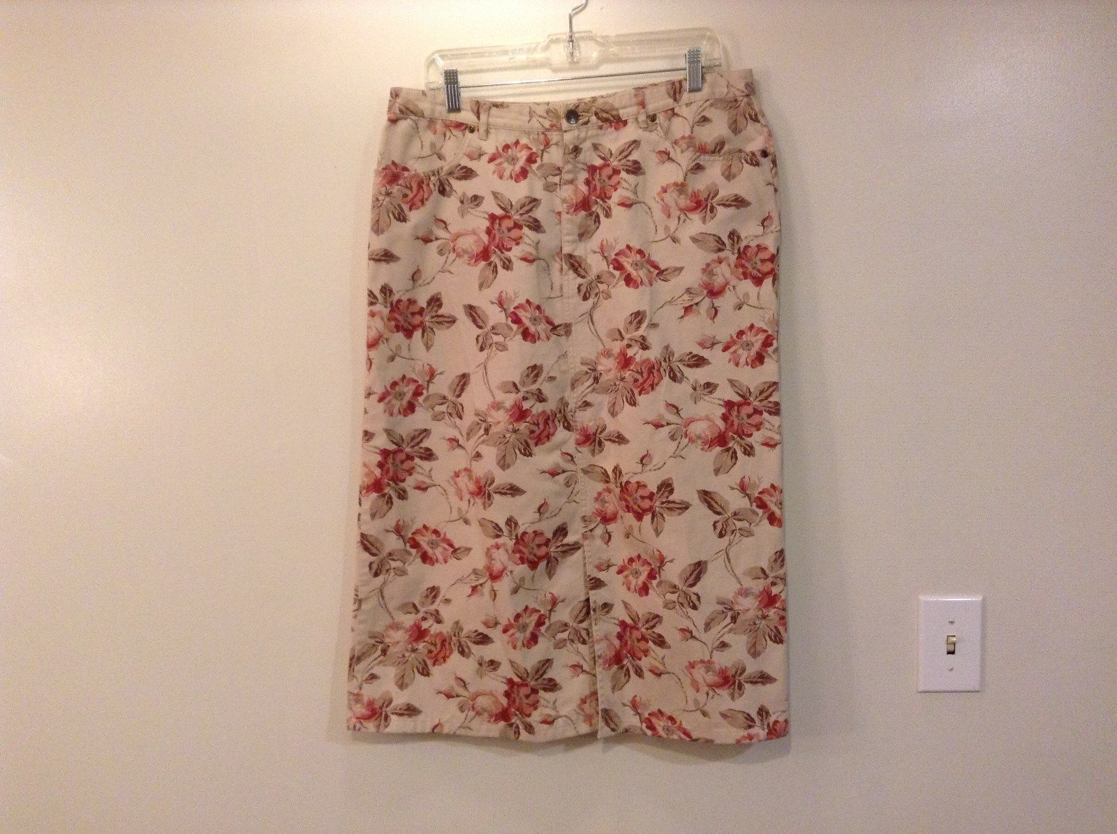 Pink and Tan Floral Pattern Eddie Bauer Cotton Skirt Size 16 Zipper and Button