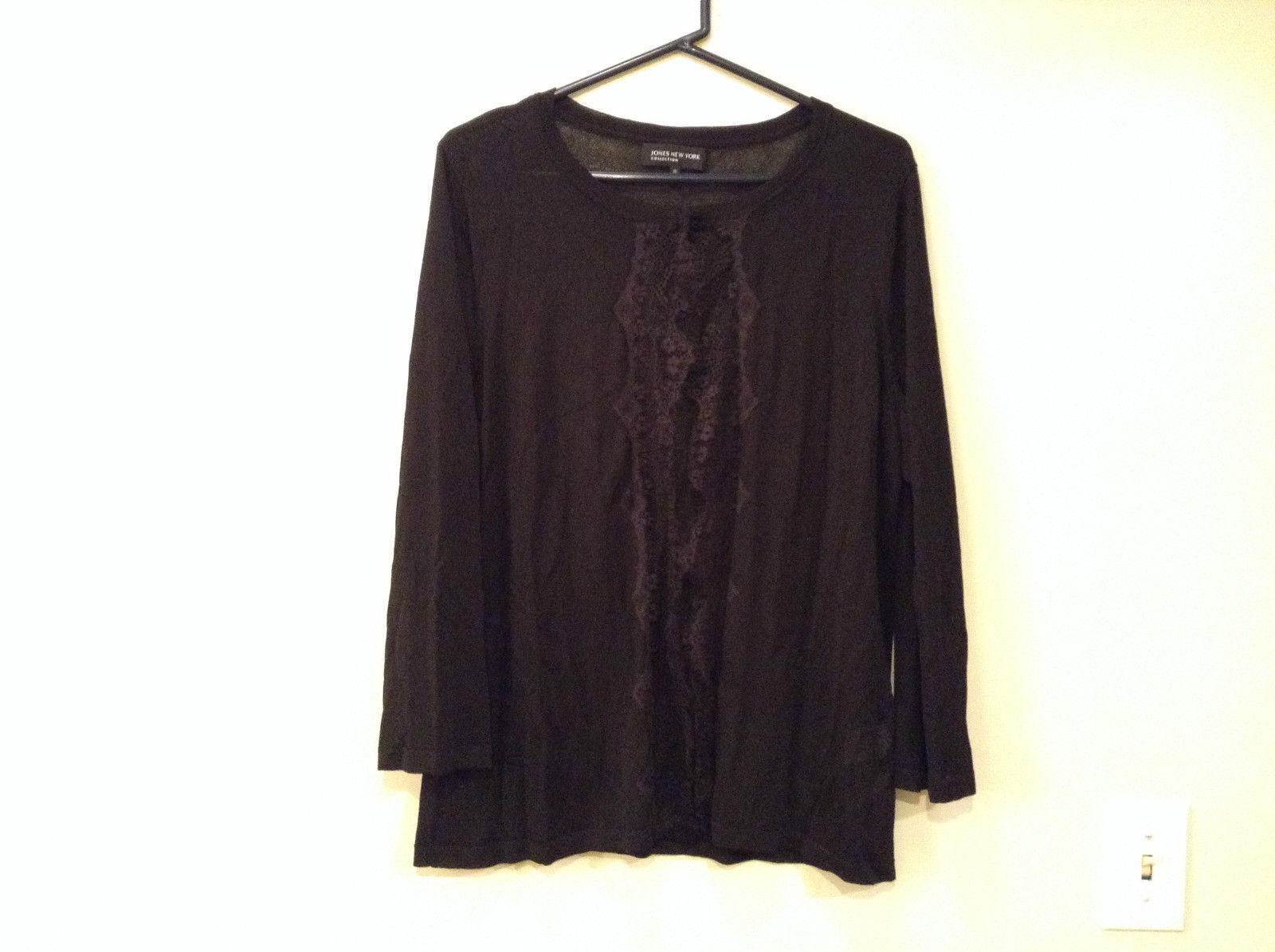Size XL Black with Lace Trim on Front Long Sleeves Blouse Jones New York