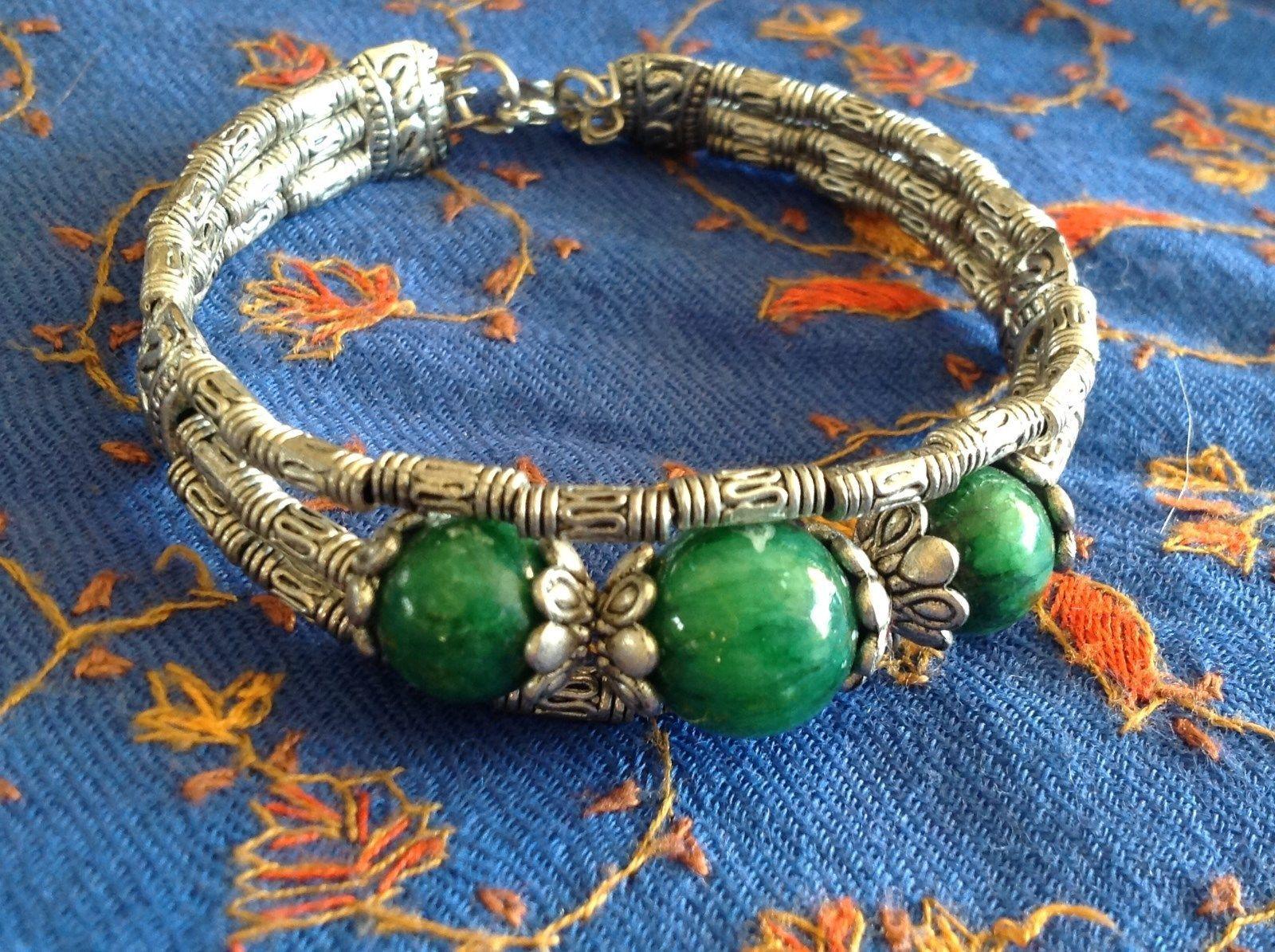 Tibetan Silver Clasp Bracelet Green Jade Stone Bead Funky Exotic Bohemian