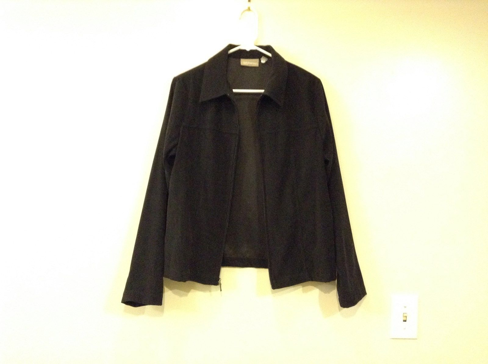 Unlined Black Jacket Croft and Barrow Stretch Front Zipper Closure Size Medium