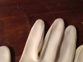 The Aspiring Aristocrat's Three Pair of Gloves Great For Any Occasion vintage image 6