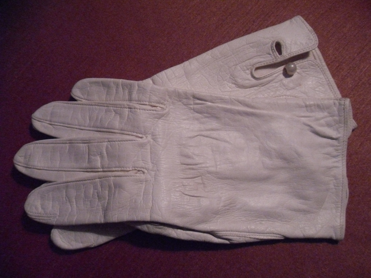 Vintage LADIES Gloves REAL KID 100% SILK LINED Van Raalte 7 1/2