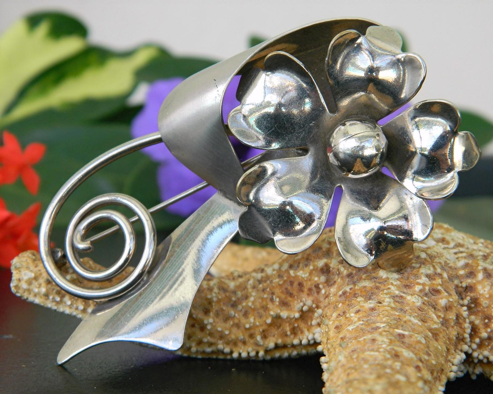 Vintage Metal Long Stem Art Flower Brooch Pin Large 1950s Silver Tone