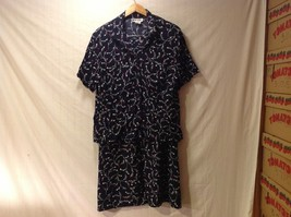 Briggs Womens Two piece Navy Blue Skirt and Blouse