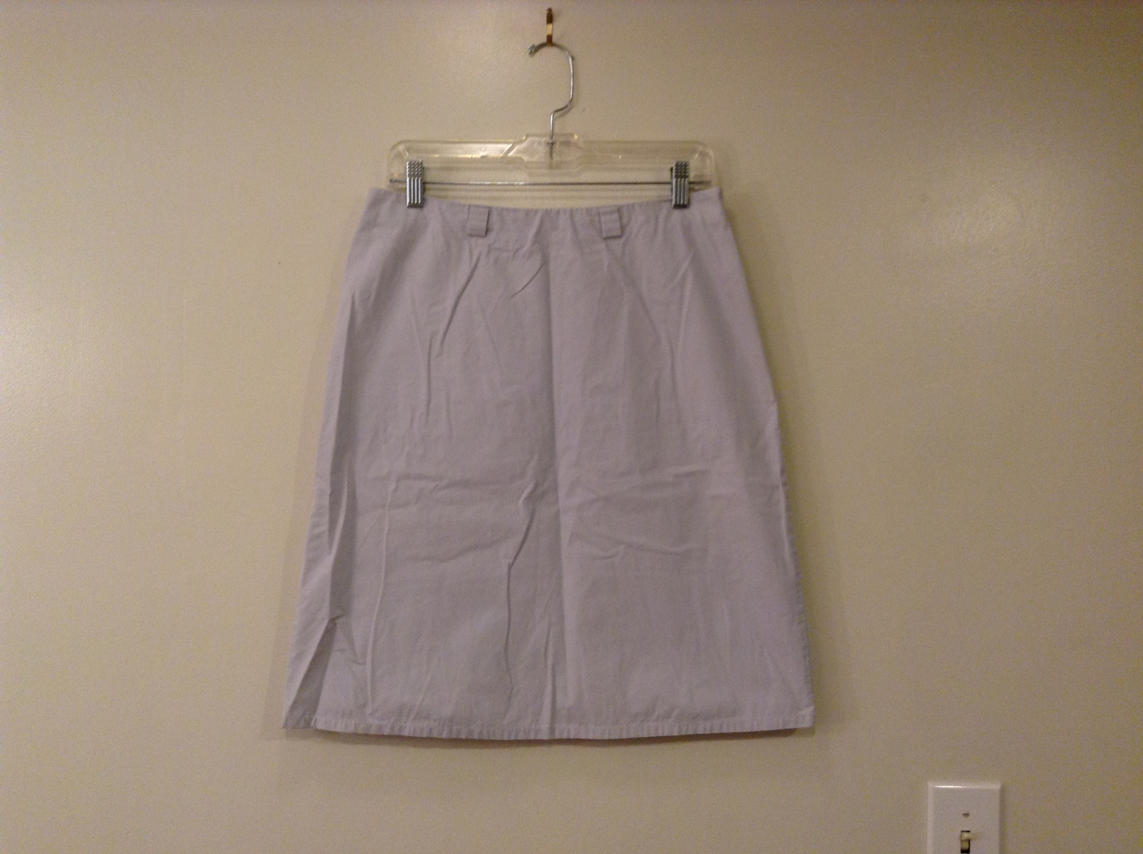Banana Republic 100% Cotton very Light Lavender Pencil Skirt, size 10 unlined