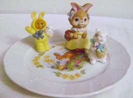 Porcelaine fine de Boheme Czechoslovakia Carlsbad Easter Plate with Bunnies - $16.00