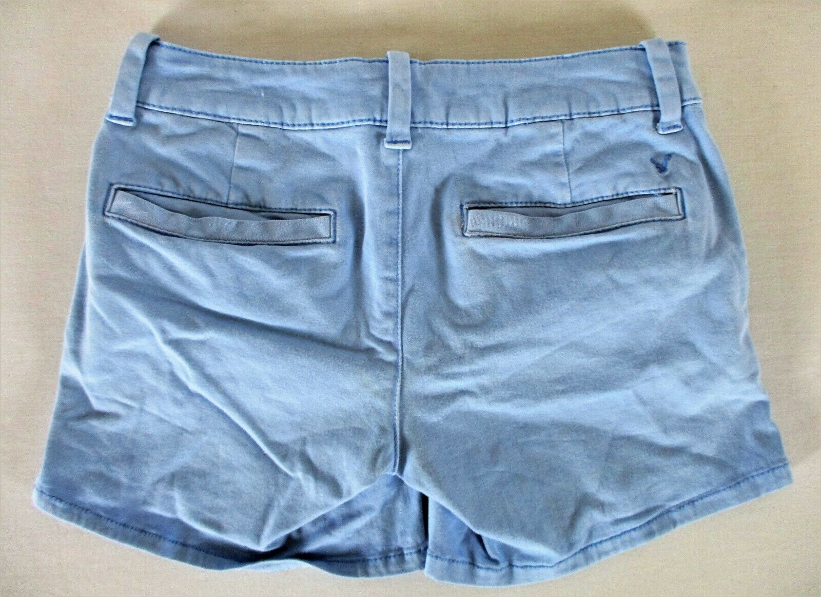 AMERICAN EAGLE OUTFITTERS womens Sz 2 W28 light blue CHINO stretch shorts K)