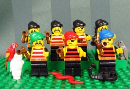 Lego Lot Of 7 Pirates Minifig With Weapons & Rag Hats Minifigures ~ Extras - $42.50