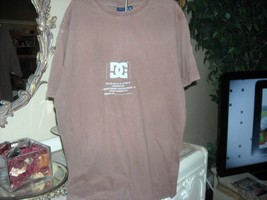 Mens Size S DC Brown Tee T-shirt  DC Shoes - $5.93